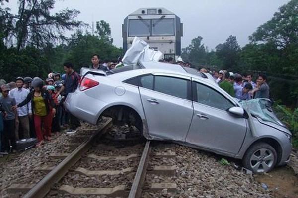 Giảm thiểu tai nạn giao thông tại các điểm giao giữa đường bộ và đường sắt