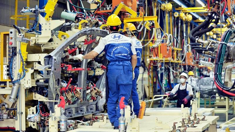 Tăng trưởng thấp, áp lực lớn lên ngành công nghiệp