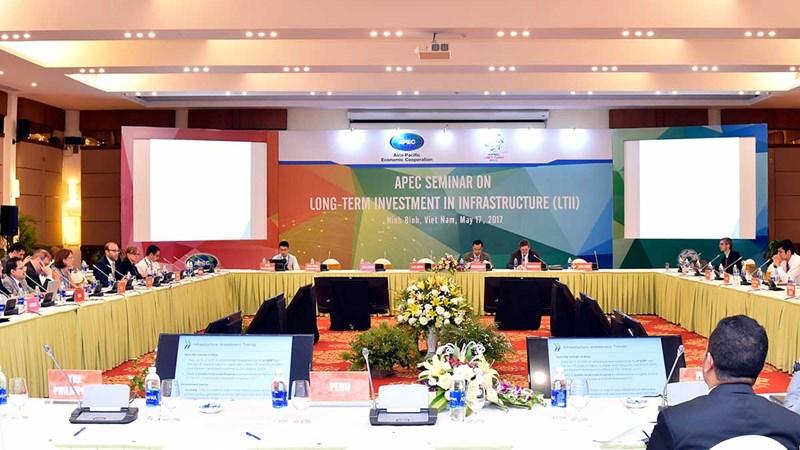 """Hội thảo về """"Đầu tư dài hạn cho cơ sở hạ tầng"""" thành công tốt đẹp"""