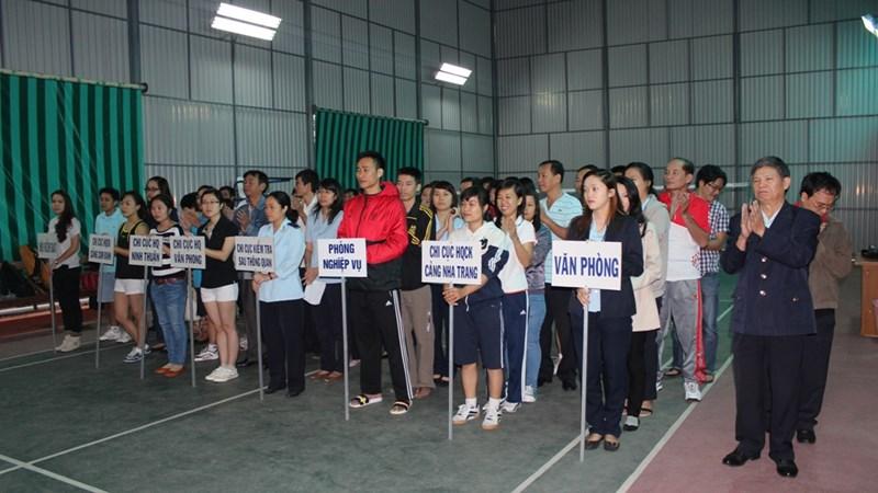 Hải quan Khánh Hòa tổ chức hội thao chào mừng ngày thành lập Quân đội nhân dân Việt Nam
