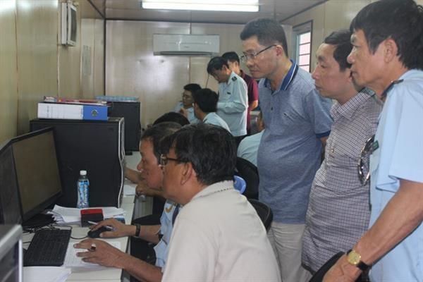 Hải quan Hồ Chí Minh: Xử lý hàng tồn đọng, ngăn chặn hàng lậu