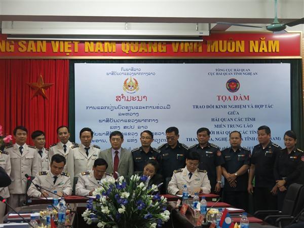Tăng cường hợp tác Hải quan Việt Nam- Lào tại miền Trung hai nước