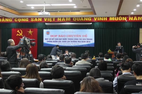Tổng cục Hải quan họp báo chuyên đề về kết quả đấu tranh chống buôn lậu
