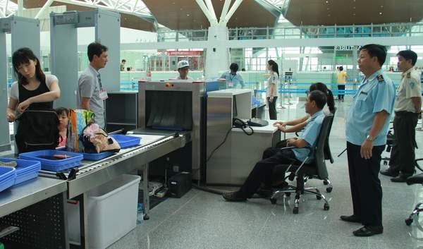 Thủ tục hải quan thông suốt tại nhà ga quốc tế mới sân bay Đà Nẵng