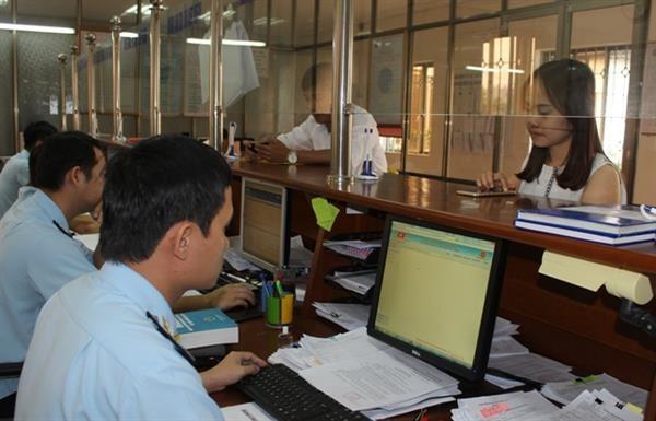 Thắt chặt quản lý hải quan đối với tiền mặt của khách xuất nhập cảnh