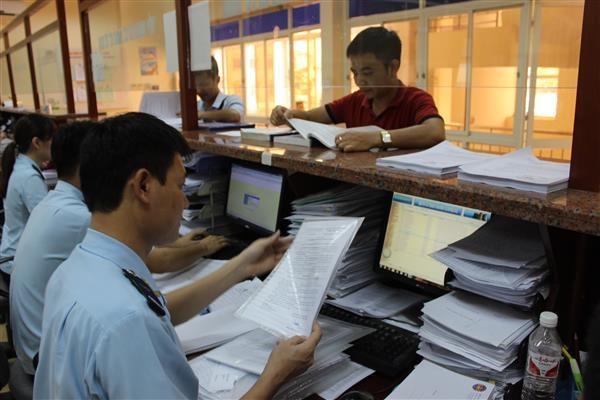 6 tháng: Ngành Hải quan thu ngân sách nhà nước đạt gần 50%