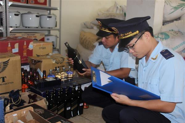 Hải quan chủ động rà soát các vụ việc buôn lậu nổi cộm