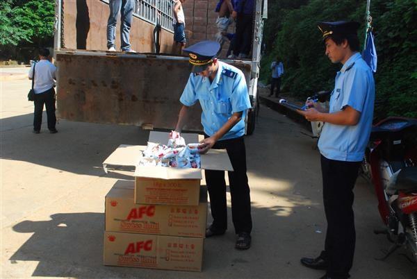 Hải quan Lạng Sơn: Tăng cường kiểm tra mặt hàng an toàn thực phẩm