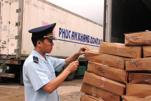 Hết quý III ngành Hải quan thu thuế xuất nhập khẩu đạt 75% dự toán