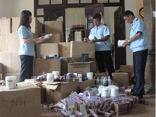Bắt giữ hơn 5.000 sản phẩm mỹ phẩm Trung Quốc nhập lậu