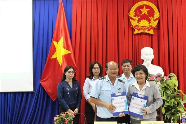 Hải quan An Giang đối thoại với doanh nghiệp