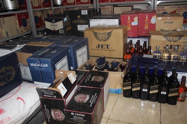 Hải quan Quảng Trị tạm giữ đường, bia, rượu vô chủ