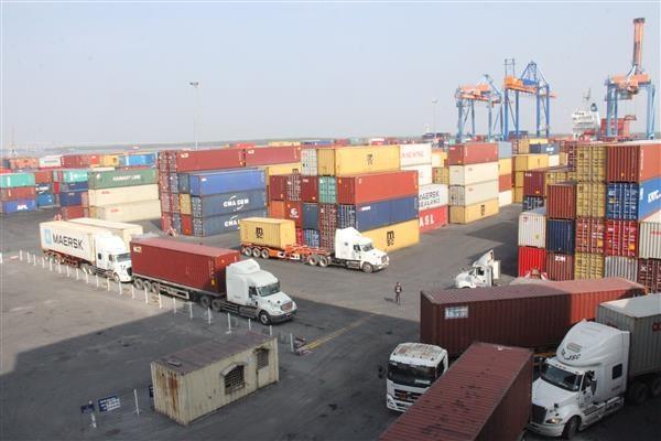 Năm 2017, kim ngạch xuất nhập khẩu ước đạt gần 425 tỷ USD