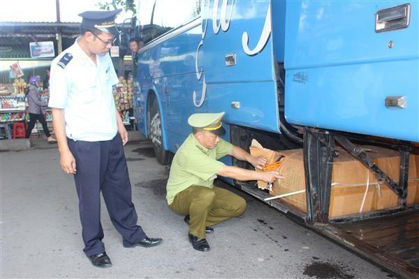 Hải quan Quảng Ninh quyết ngăn gia cầm nhập lậu