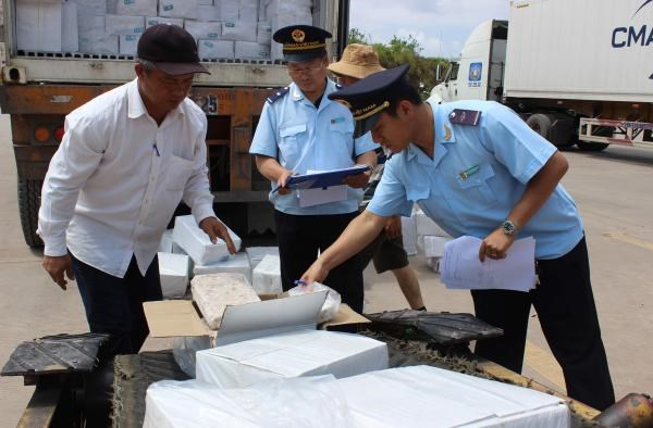 Hải quan Quảng Ninh: Cải thiện nguồn thu từ việc lắng nghe doanh nghiệp