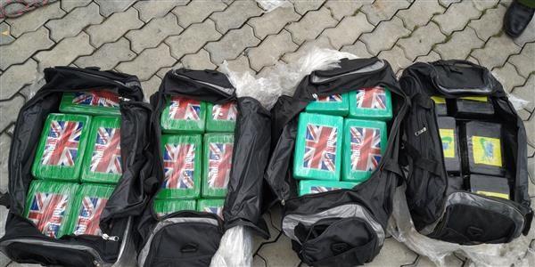 Hải quan đã triệt phá 2 vụ vận chuyển cocain lớn nhất Việt Nam