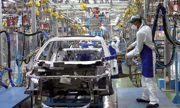 Hoàn thuế thế nào đối với cho doanh nghiệp nhập khẩu ủy thác linh kiện ô tô