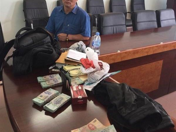 Hải quan Tây Ninh khởi tố vụ vận chuyển trái phép gần 500 triệu đồng