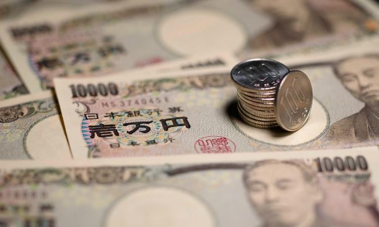 Tăng giá mạnh so với USD, đồng Yên tiếp tục là