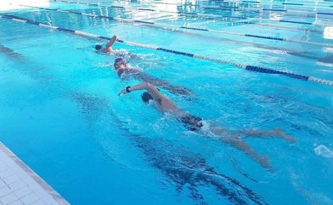 4 điều gây hại cho bản thân khi đến hồ bơi mà ít người chú ý