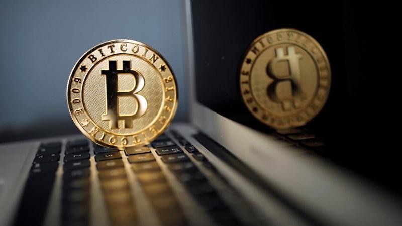Có nên tiếp tục đầu tư vào Bitcoin?