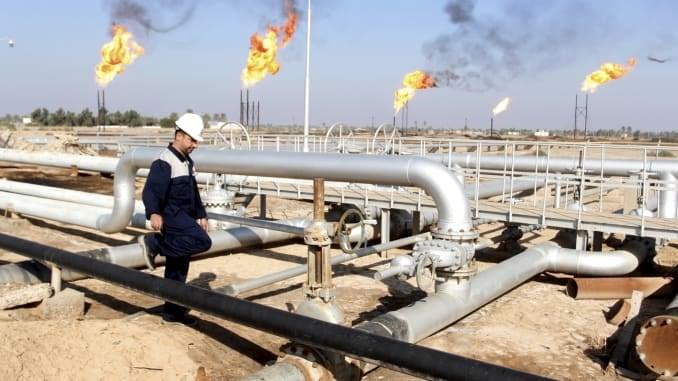 Chuyện gì sẽ xảy ra với thị trường dầu thô châu Á nếu các mỏ dầu ở Iraq bị tấn công?