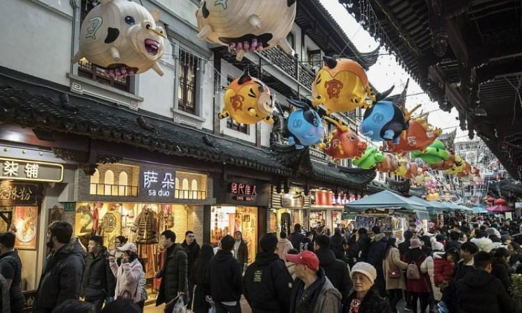 Trung Quốc tung chính sách hỗ trợ tiêu dùng đón Tết Nguyên đán