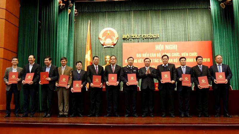 Bộ Tài chính phát động phong trào thi đua năm 2019
