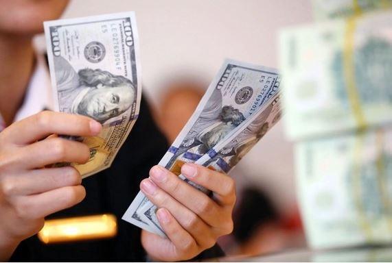 Doanh nghiệp dè chừng trước diễn biến tỷ giá