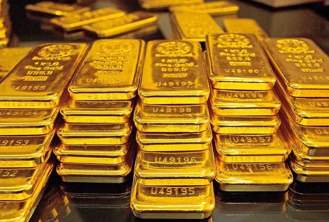 Giá vàng biến động khó lường, nên đầu tư hay lướt sóng?
