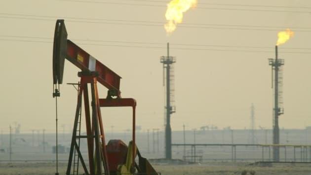 Giá dầu đang là vấn đề lớn hơn virus corona cho các thị trường