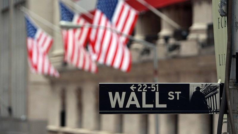 Tổng thống Joe Biden ký thông qua gói 1,9 nghìn tỷ USD, chứng khoán Mỹ bật tăng mạnh