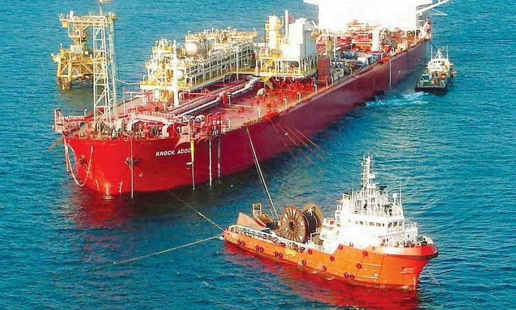 Ai được lợi trong cuộc chiến giá dầu?