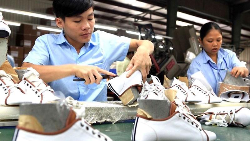 Xuất khẩu vào thị trường CPTPP: Bóng trong chân doanh nghiệp
