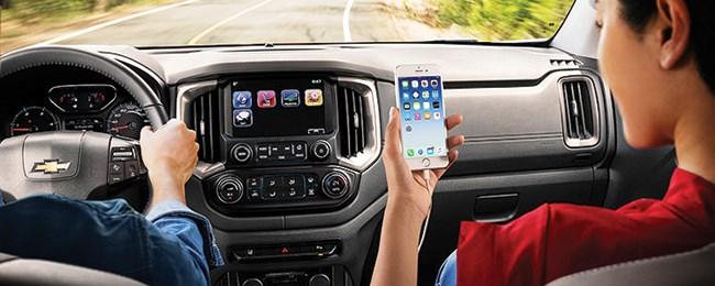 Xe hơi chuyển động, thiết bị di động cũng theo xe