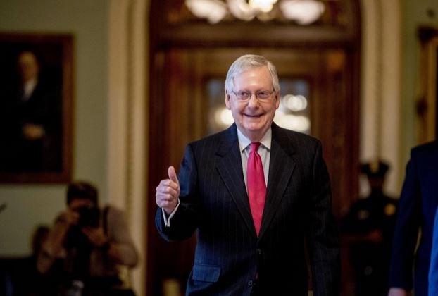 Thượng viện Mỹ chính thức thông qua gói kích thích trị giá 2 nghìn tỷ USD