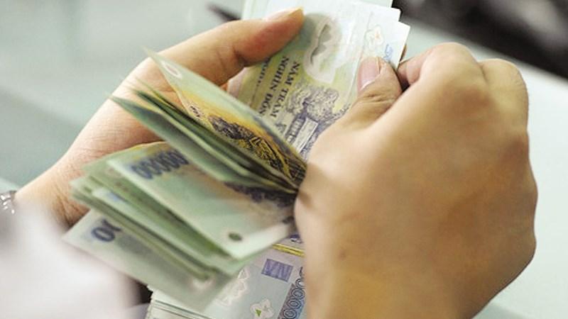 Kế toán kiêm nhiệm có được khoán công tác phí?