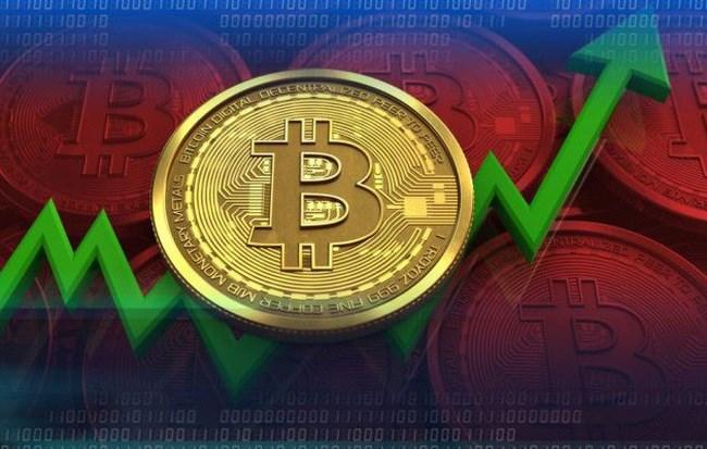 Bitcoin vượt 7.000 USD, sóng tiền số trở lại?