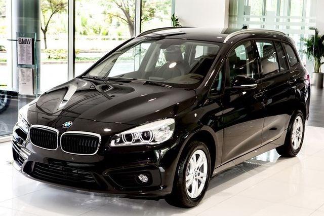 Phớt lờ giảm giá cả trăm triệu, thị trường ô tô vẫn tụt dốc