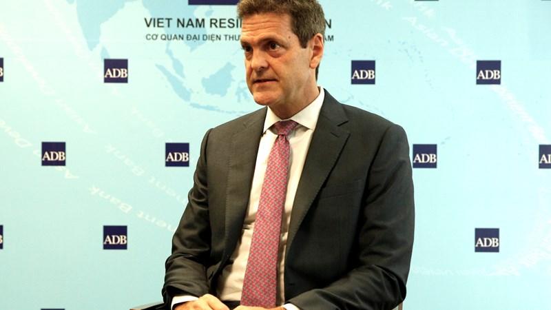 Chính sách tài khóa và tiền tệ giúpnền kinh tế Việt Nam vận hành ổn định (*)