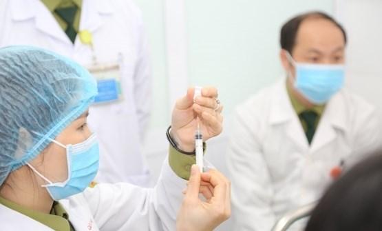 Công bố các cơ sở được nhập khẩu vaccine, sắp tiêm thử nghiệm vaccine Việt Nam với 13.000 người