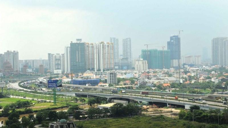 Thị trường bất động sản Việt Nam: Vì sao nhiều rủi ro bủa vây?