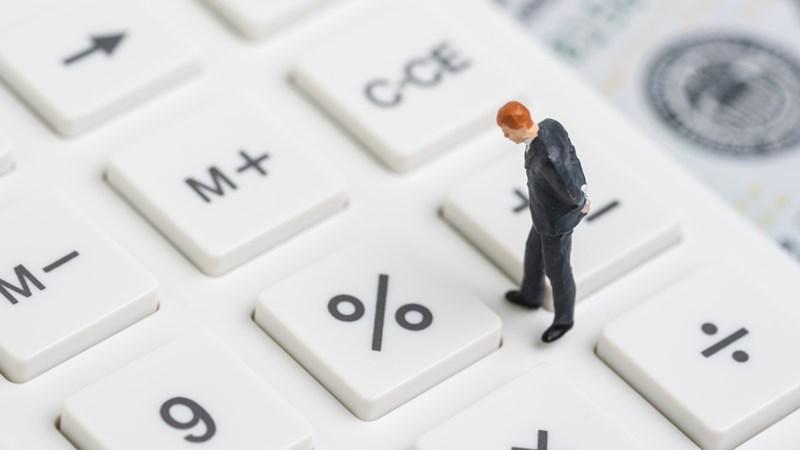 Trước dòng tiền lớn, giới phân tích lạc quan với lạm phát và lãi suất
