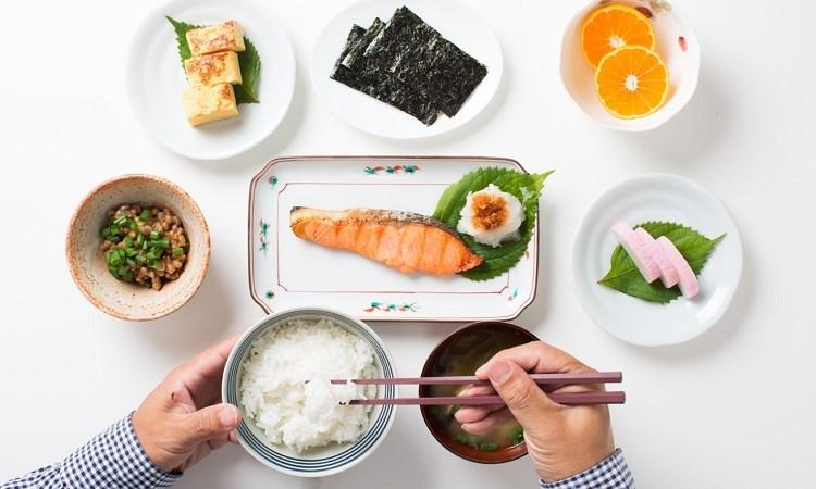 7 thói quen ăn uống của người Nhật, chẳng còn lo đột quỵ