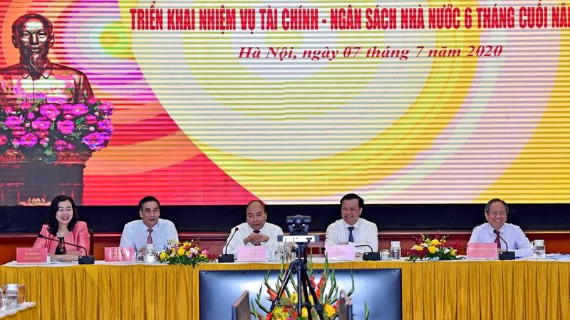 """Bộ Tài chính chủ động điều hành chính sách tài khoá, đóng góp tích cực vào kết quả thực hiện """"nhiệm vụ kép"""""""