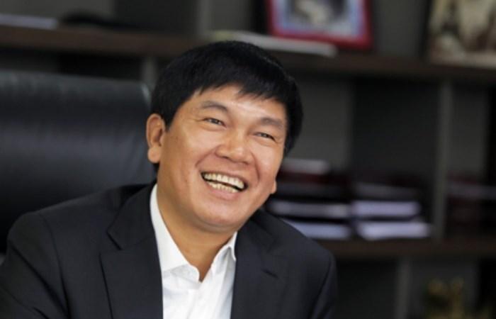 Chủ tịch Trần Đình Long chi hơn 120 tỷ để nâng sở hữu tại Tập đoàn Hòa Phát