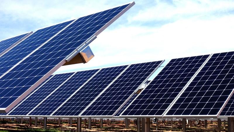 Lưới điện không theo kịp dự án năng lượng tái tạo
