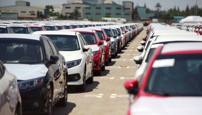 6 tháng đầu năm, ô tô nhập khẩu về Việt Nam cao gấp 6 lần cùng kỳ năm 2018