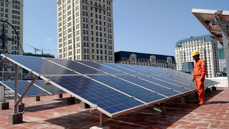Điện mặt trời áp mái - Lợi ích kép khi đầu tư