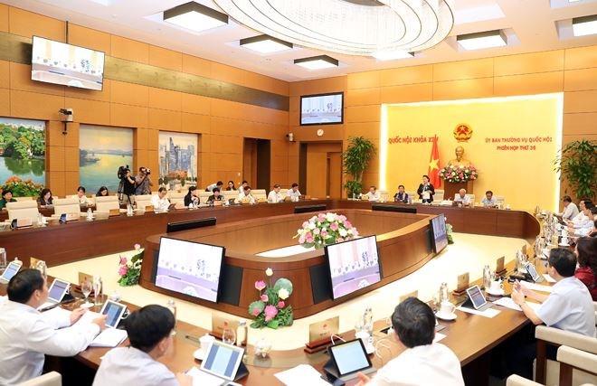 Ủy ban Thường vụ Quốc hội thống nhất chỉ có 01 sở giao dịch chứng khoán duy nhất